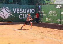 Vesuvio Cup, Italia show con Agamenone e Cobolli in semifinale. Incredibile sconfitta di Moroni avanti di un set e 5-1 nel secondo parziale (con il programma di domani)