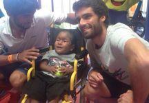 Durante il torneo di Acapulco Pablo Andujar e Tigre Hank hanno fatto visita ai bambini malati