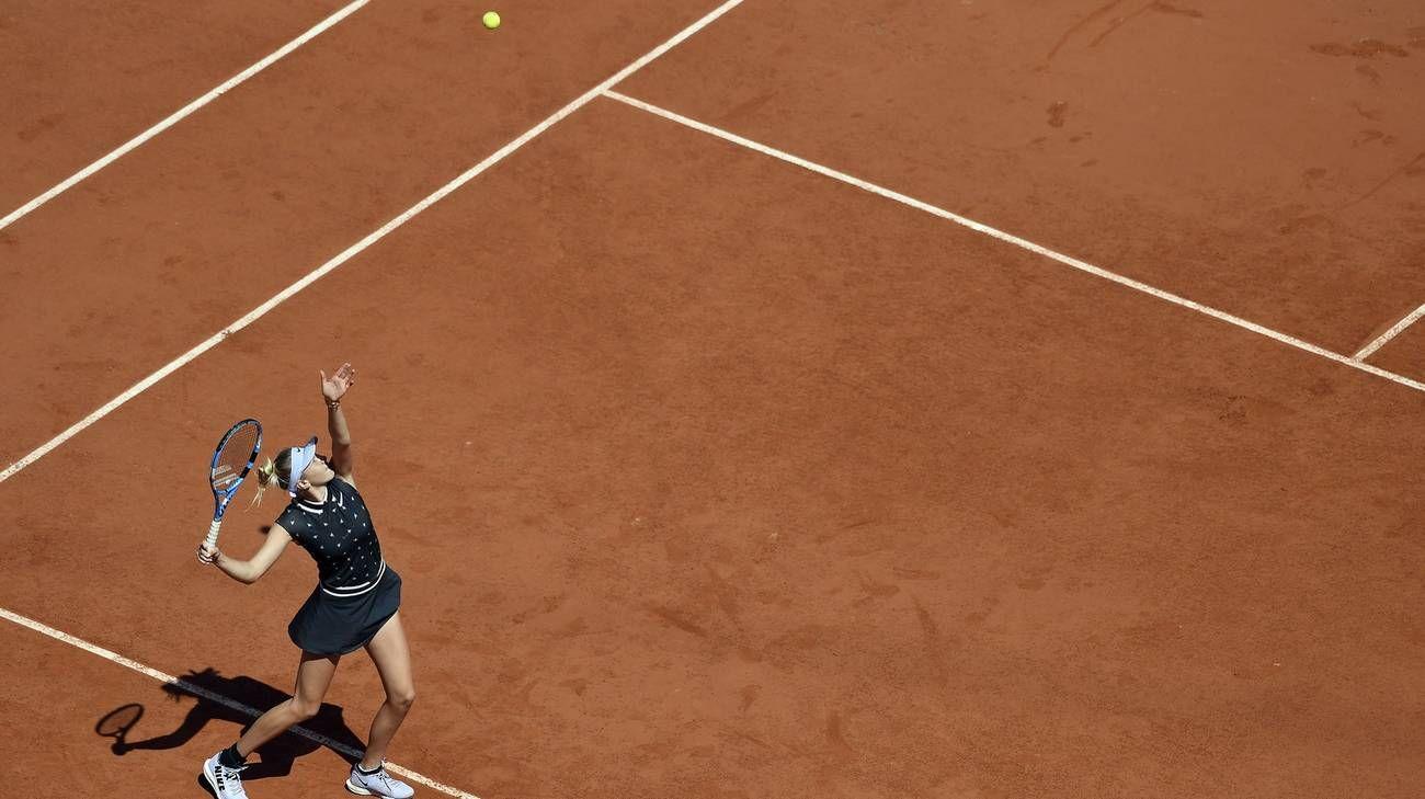 Roland Garros, quarti donne: Halep k.o. Vincono Anisimova e Bartt