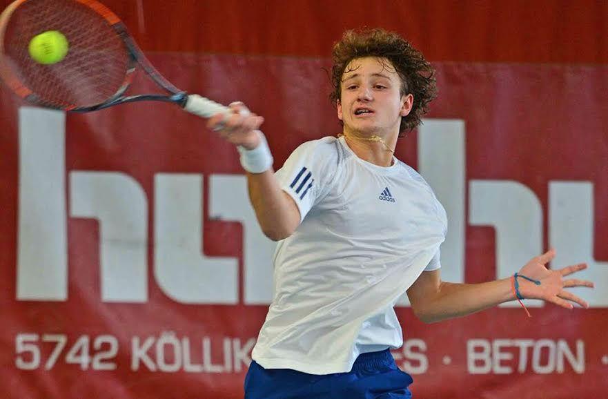 : Federico Arnaboldi, 16 anni da Cantù, ha firmato una piccola impresa battendo per 6-4 6-0 lo svizzero Maiga
