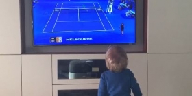 Video del Giorno: La dolce scena del figlio di Novak Djokovic