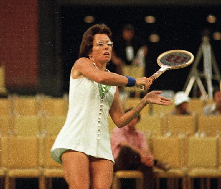Asta record per la racchetta di  Billie Jean-King