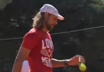 Enrico Becuzzi: Storia del tennista che gira il mondo