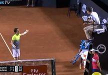 Polemica per una palla break annullata da Fabio Fognini nel terzo set contro Bedene. L'arbitro non vede la mano alzata dello sloveno (Video)