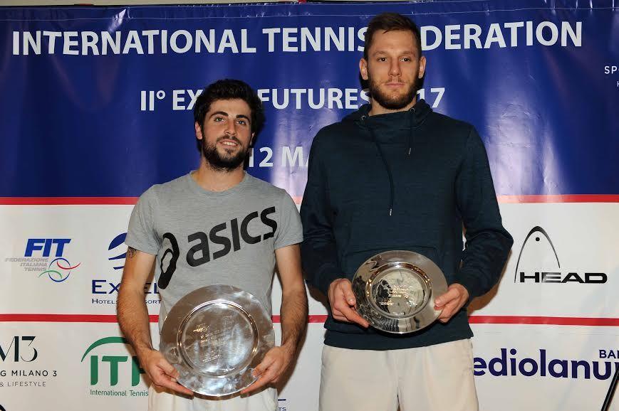 La premiazione dell'Excel Futures 2017: da sinistra, il vincitore Alessandro Bega e il finalista Viktor Galovic - Foto Francesco Panunzio