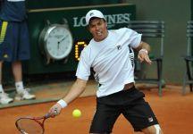 Carlos Berlocq a due punti dalla sconfitta, ribalta il risultato e batte Tomas Berdych vincendo il torneo ATP 250 di Oeiras