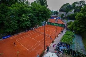 Una panoramica dei campi della sede del Castello del Tennis Forza e Costanza (foto Mario Rota)