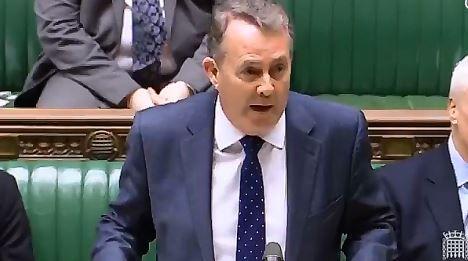 Nel parlamento britannico spunta il nome di Roger Federer