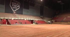 FOTO: il 105 Stadium allestito con la terra rossa per la sfida Italia-Francia