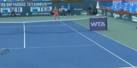 Questo il video dell'erroe del Giudice di Sedia nel match di <strong>Francesca Schiavone ad Istanbul.</strong>