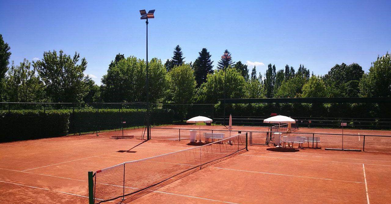 Il Tennis Villa Carpena (Forlì) nella foto