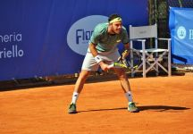 Marco Cecchinato eliminato al primo turno dell'Atp 500 di Amburgo. Passa Florian Mayer in due set