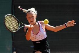 La trentina Melania Delai, 13 anni, ha eliminato nel suo match d'esordio a Milano la serba Mihaela Djakovic per 6-3 6-3 - Foto Francesco Panunzio