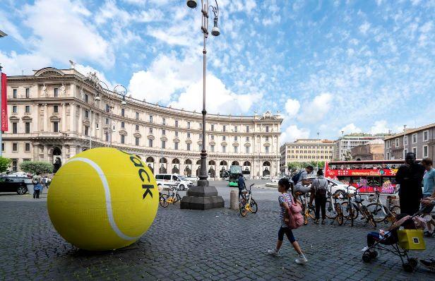 Diadora Ritorna Nel Tennis - Svelata L'Operazione Di Guerrilla Marketing: #Weareback