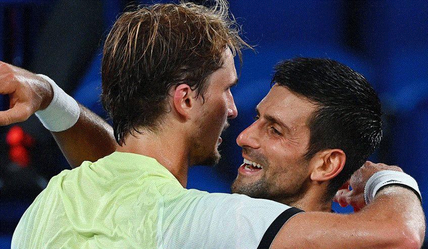 Novak Djokovic e Alexander Zverev nella foto