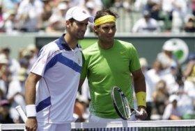 Djokovic e Nadal all'inizio del match di oggi