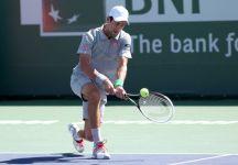 Lampi di Federer, ma Djokovic regge, gira il match e vince una bella finale di Indian Wells al tiebreak decisivo