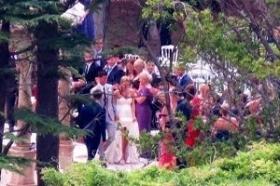 Novak Djokovic ha sposato ieri pomeriggio Jelena Ristic in una cerimonia privata tenutasi a <strong>Sveti Stefa (Montenegro).</strong>