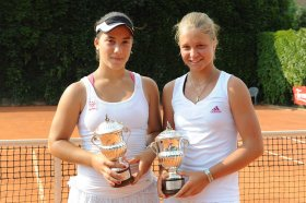 Le vincitrici del doppio Irina Khromacheva-Danka Kovinic - Foto FRANCESCO PANUNZIO
