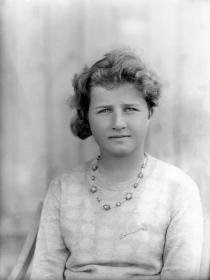 Dorothy Cheney nella foto