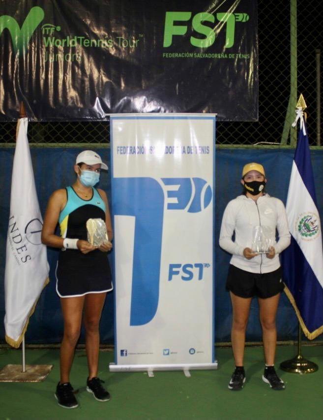 In foto le due finaliste del singolare femminile