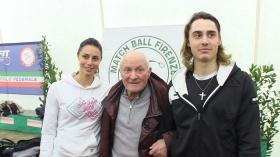Da sinistra Alexia Virgili, il nonno Beppe 'Pecos Bill'' e Adelchi Virgili