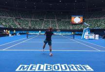 Notizie dal Mondo: A John Tomic vietato l'Australian Open. Fognini visita di controllo e partenza per Melbourne. Problemi alla schiena per Pospisil. Nessun campo veloce all'AusOpen. Nishikori felice di Chang. Federer si allena alla Rod Laver Arena