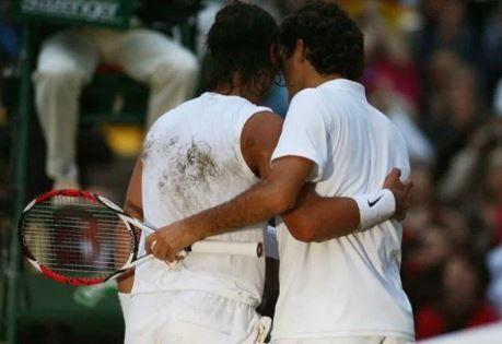 Per il ciclo Nove Racconta arriva sul Nove di Discovery Italia l'esclusivo documentario che racconta una delle partite più celebri della storia del tennis: la finale di Wimbledon Federer-Nadal del 2008.