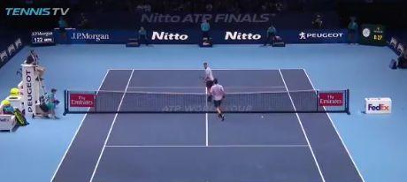 Video del Giorno: Che errore Roger Federer!
