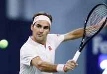 """Roger Federer giocherà anche nel 2019: """"Vorrei potervi dare delle risposte, ma veramente non lo so. Di sicuro però giocherò a tennis l'anno prossimo"""""""