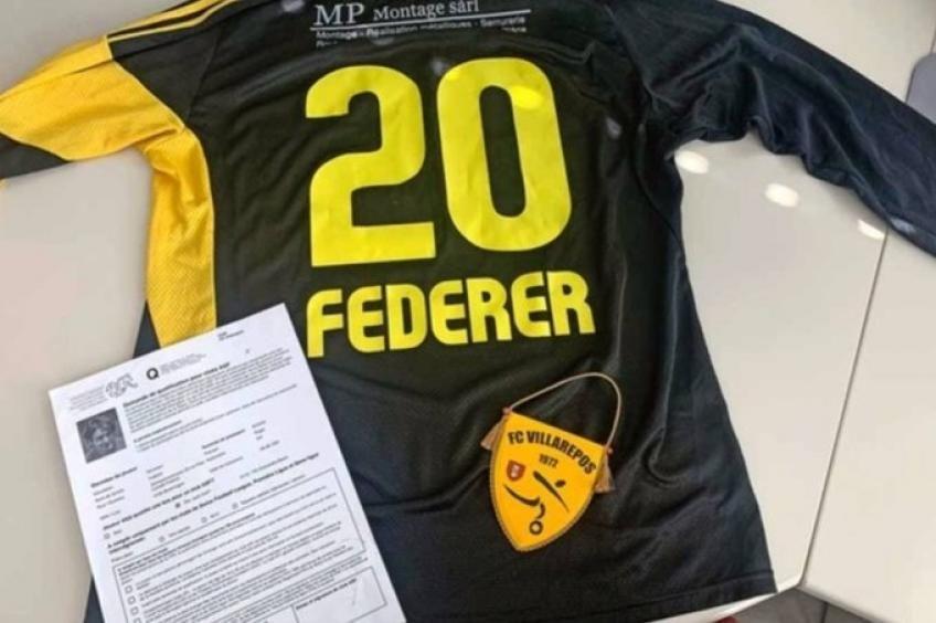 """Un club svizzero """"ingaggia"""" unilateralmente Roger Federer come calciatore"""