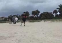 Fabio Fognini si allena sulla sabbia(Video)