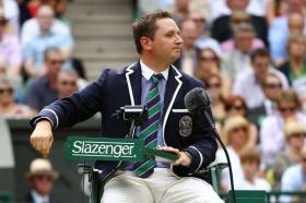 Jake Garner in azione nel torneo di Wimbledon