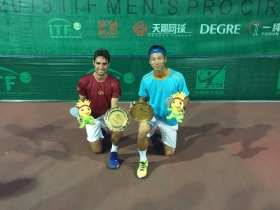 Riccardo Ghedin vincitore in doppio
