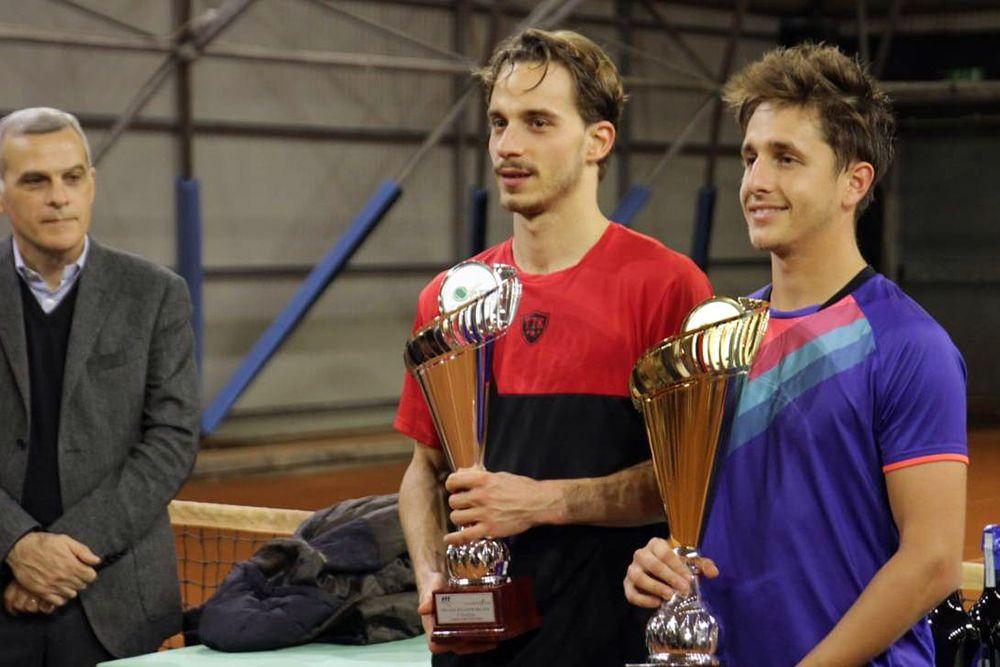 I finalisti dell'Open BNL al Circolo Tennis Casalecchio di Reno, vinto dal veneto Luca Giacomini (destra) sul toscano Gianluca Acquaroli