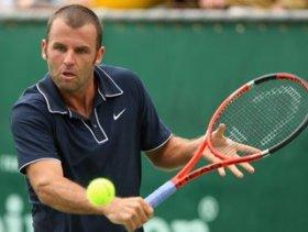 Marc Gicquel in carriera ha conquistato tre titolo in doppio nel circuito ATP