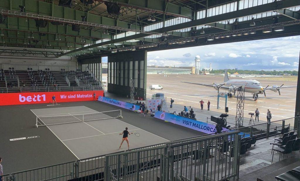 Berlino da oggi ospiterà un torneo nell'hangar dell'aeroporto
