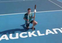 ATP Auckland: Ugo Humbert supera Benoit Paire al tiebreak decisivo e vince il primo titolo in carriera (Video)