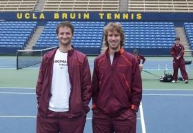 Degl'Incerti (a sinistra) con un compagno di team alla Virginia Tech