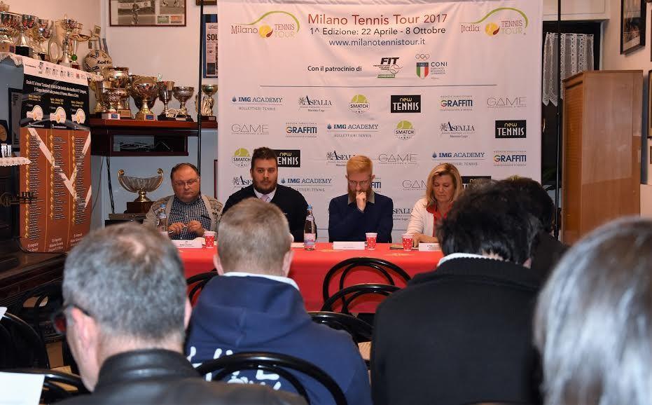La presentazione del Milano Tennis Tour tenuta al Ct Parabiago, dove si svolgerà anche una tappa del circuito 2017