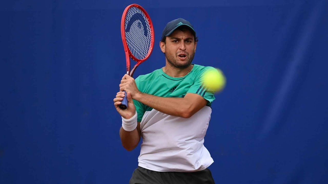 Aslan Karatsev nella foto