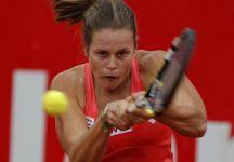 WTA Bogotà: Karin Knapp per un soffio non conquista la finale. Jelena Jankovic si impone al tiebreak del terzo set