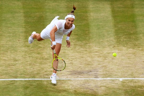 Wimbledon, sfida a senso unico: Garbiñe Muguruza è la prima finalista