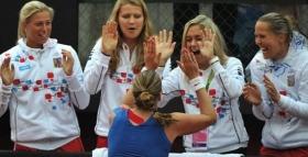 Petra Kvitova festeggia il successo in Fed Cup
