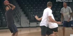 Video del Giorno: Quattro tennisti e la passione per il basket