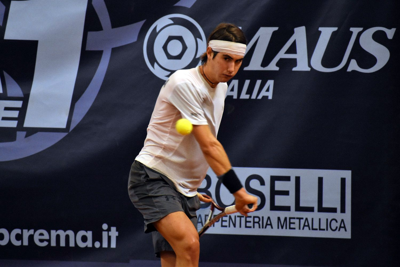 Filippo Mora, bergamasco classe 1998, ha vinto un match preziosissimo contro Brunetti nel 5-1 del Tc Crema a Pistoia - Foto Game