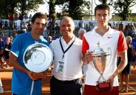 Una fase della premiazione, con il vincitore Andrey Kuznetsov e il finalista Daniel Munoz De La Nava