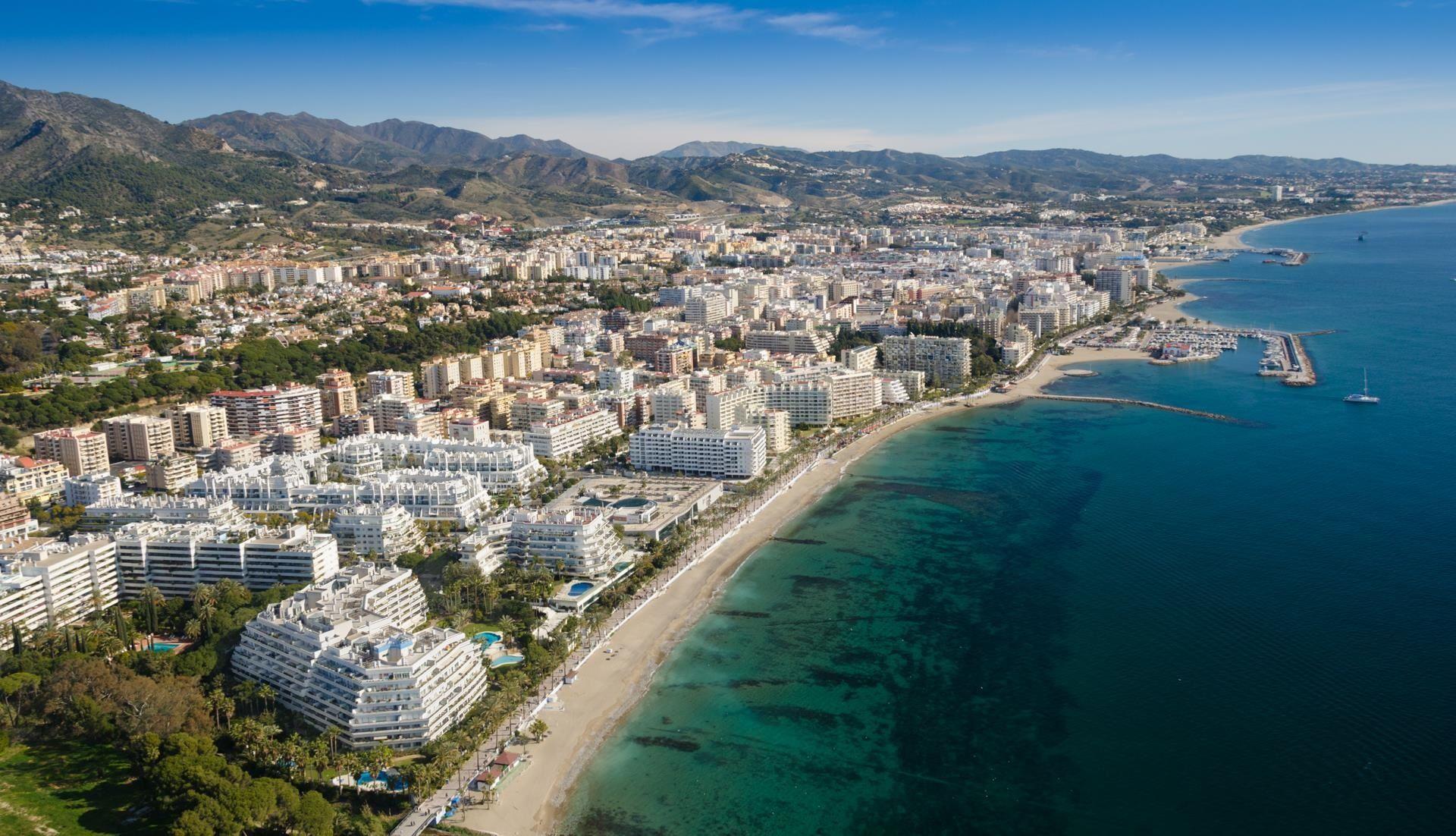 Veduta su Marbella, nota località turistica andalusa