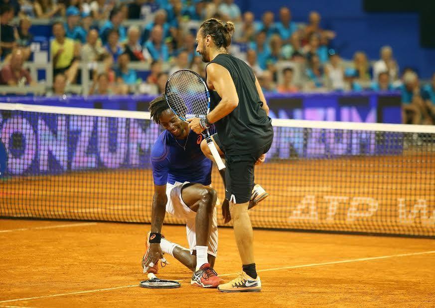 uno show tennistico da ricordare inaugura il torneo di Umago 2017    Lo spettacolare giocatore francese protagonista dell'ormai tradizionale passerella del primo sabato sera