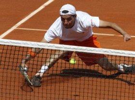 Albert Montanes uscito sconfitto dall'epico match contro il nostro Fabio Fognini
